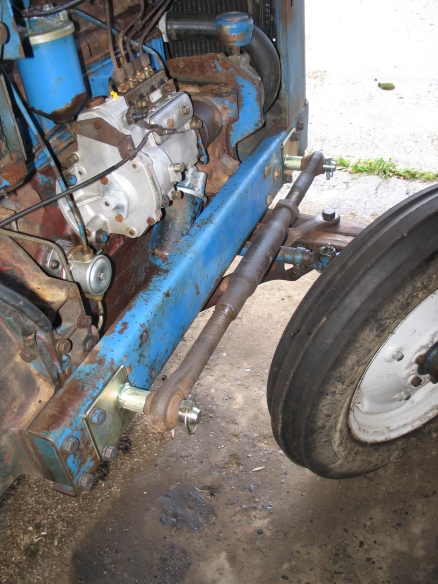 Cb furthermore Cb further Fordson Major Fuel Pump Glass Bowl Type P together with Fordson Major Fuel Filter Housing Inc Filter P as well Img Zps E C. on 1958 fordson major tractor